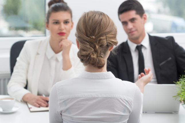 como hacer una entrevista de trabajo entrevistador