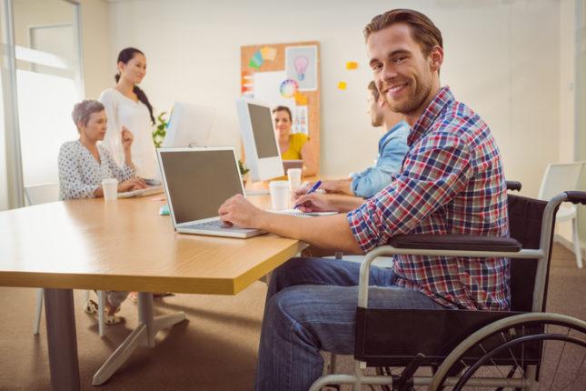 Contratar personas con discapacidad: ventajas fiscales y corporativas